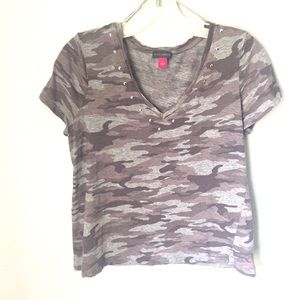 Vince Camuto classic Tee shirt Top Army Style Gray